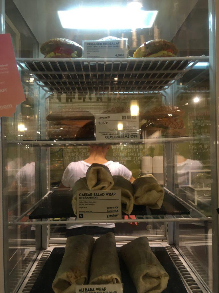 vegan in berlin vegan restaurants living in berlin and. Black Bedroom Furniture Sets. Home Design Ideas
